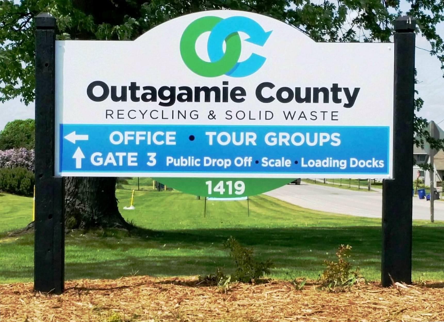 Outagamie County Recycling - 13301454_1066398583399012_7557739394764358182_o-2